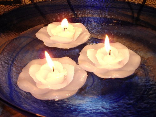 48 White Rose Floating Flower Candles